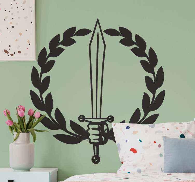 TENSTICKERS. ローマの剣と花輪のオブジェクトのウォールステッカー. 中世の戦いの剣の愛好家のための単色のローマの剣と花輪のオブジェクトのステッカー。カスタマイズ可能な色で提供され、オリジナルで耐久性があります。