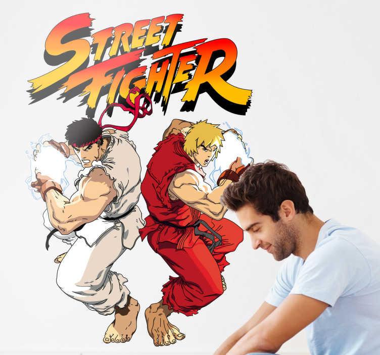 TenStickers. Street Fighter Poster Sticker. Aufkleber - Poster des bekannten Videospiels Street Fighter. Buntes Design zweier Charakter aus dem Spiel.