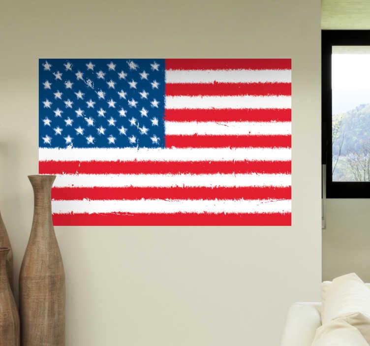 TenStickers. Usa americká vlajka vlajka samolepka. Milujete spojené státy americké z nějakého důvodu? Proč to neukázat s touto chladnou americkou nálepkou na zeď.
