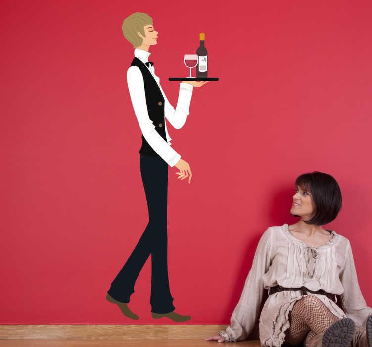 TENSTICKERS. ウェイター&トレー壁のステッカー. レストランの壁のステッカー - ワインとトレイを運んでスマートに服を着たウェイターを示すデカール。あなたのレストランを飾る素晴らしいビジネスデカール。