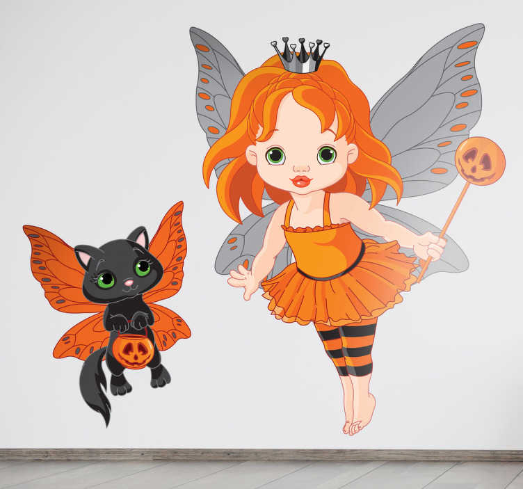 Tenstickers. Fe med en flygande kattunge väggen klistermärke. Denna barnmägare klistermärke kommer att vara perfekt för att dekorera ditt barns sovrum! Det visar en flygande fe med sin svarta katt. Denna roliga klistermärke kommer att se underbar ut på väggarna även efter halloween!