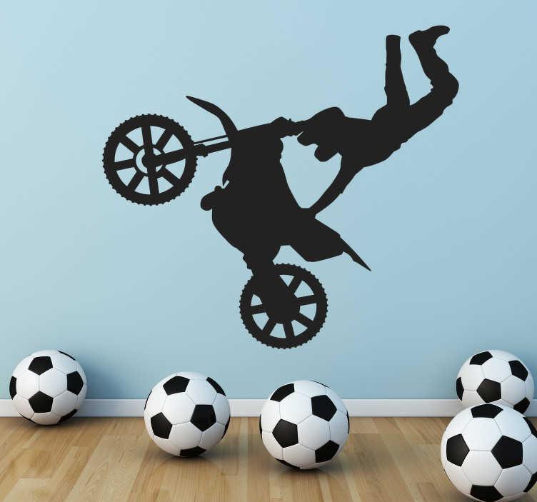 TenStickers. Motocross Freestyle Aufkleber. Sind Sie ein Motocross Fan? Dann dekorieren Sie Ihr Zuhause mit diesem akrobatischen Wandtattoo Design.