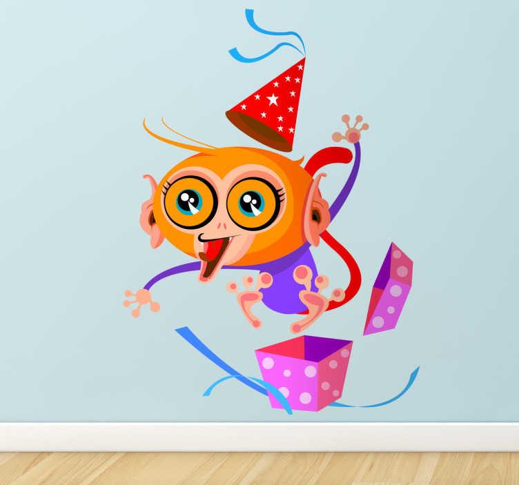TenStickers. Verrückter Affe Aufkleber. Überraschung! Dieser Affe springt aus einem Geschenk heraus. Dekorieren Sie das Kinderzimmer mit diesem originellen Wandtattoo Design.