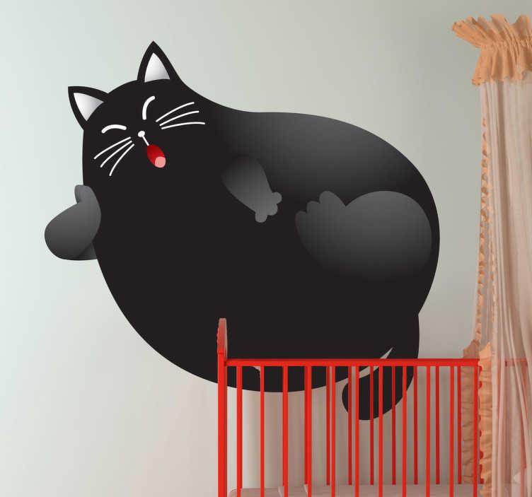 TenStickers. Muursticker kind zwarte kat. Deze muursticker is eenn grappige illustratie van een grote zwarte kat die al gapend ligt te luieren. Ideaal voor kinderen.
