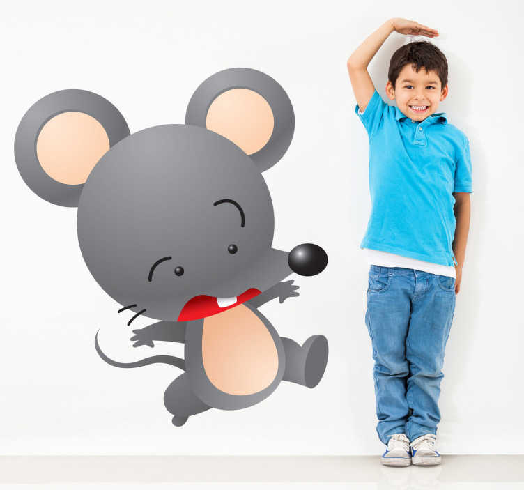 TenStickers. Naklejka dla dzieci szara myszka. Zabawna naklejka przedstawiająca przerażoną mysz, uciekającą najprawdopodobniej przed kotem. Interesujący pomysł na dekorację pustych ścian w pokoju Twojego dziecka.