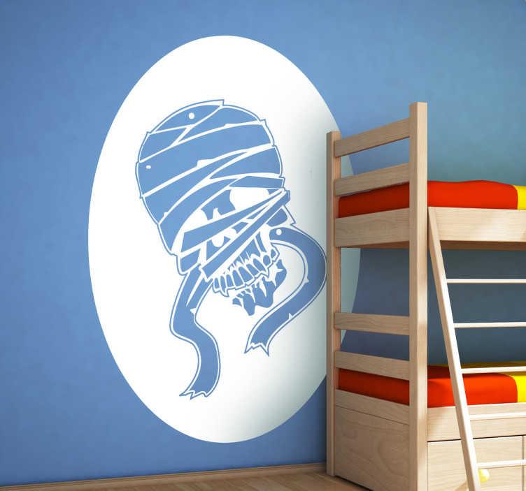 TenStickers. Sticker enfant momie. Stickers pour enfant représentant une tête de mort momifiée. Super idée déco pour la chambre d'enfant et autres espaces de jeu.