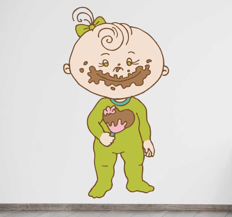 TenStickers. Kindje eet chocolade lolly sticker. Muursticker van een klein lief meisje met een strik in haar haren. Ze houdt een lolly vast met chocolade besmeurt over haar gezicht.