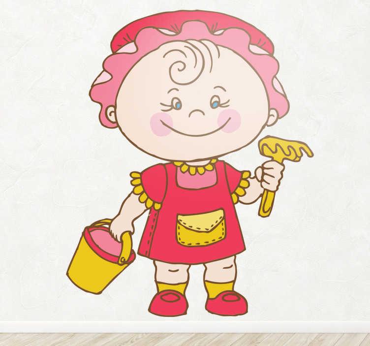 TenStickers. Naklejka dziecięca dziecko zabawa piasek. Naklejka dekoracyjna dla dzieci, która przedstawia małą dziewczynkę w czerwonym ubranku, która zamierza pobawić się w piaskownicy.