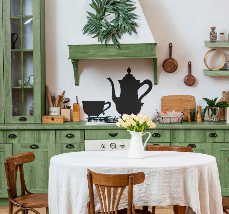 TenVinilo. Vinilo decorativo tetera vintage. Conjunto de taza y cafetera clásica. Un adhesivo con el que darás la bienvenida a tus invitados.