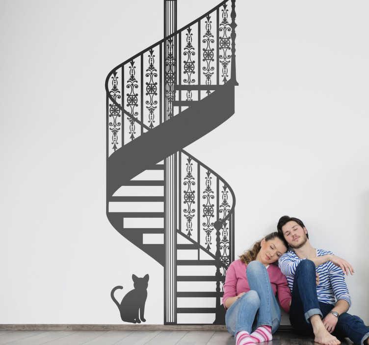 TenStickers. Naklejka dekoracyjna kręcone schody. Oryginalny rysunek przedstawiający kręcone schody z ozdobioną balustradą, oraz zerkającego ciekawsko czarnego kota.