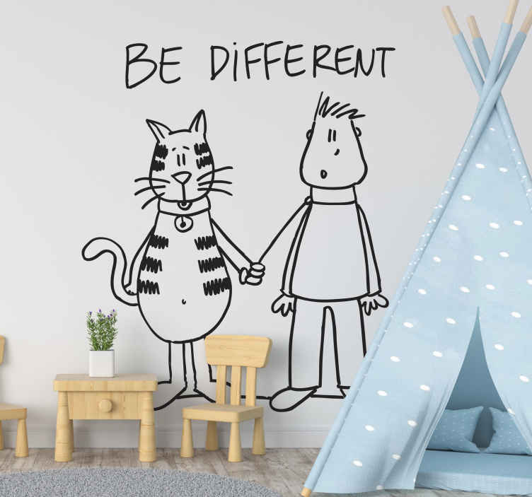 TenStickers. Muursticker jongen kat ´Be Different´. Deze muursticker omtrent een ontwerp waar de kat de baas is boven de mens met de tekst ´Be different´.