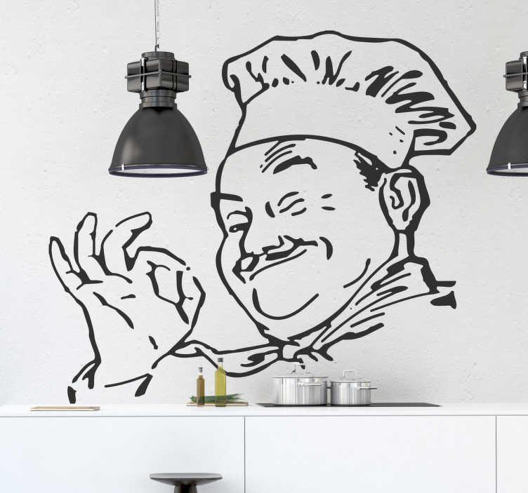 TenStickers. Mutlu aşçı çıkartması. Mutfak çıkartmaları - pişirmeye hazır mutlu bubbly şefin çizim. Mutfak duvarlarınızı, dolaplarınızı ve ev aletlerinizi kişiselleştirmek için mükemmeldir. Gülümseyen ve iyi işareti veren bir moustached şefin bu tek renkli etiket pişirme ve yemek için mükemmel bir ruh hali ayarladığınızdan emin olabilirsiniz.
