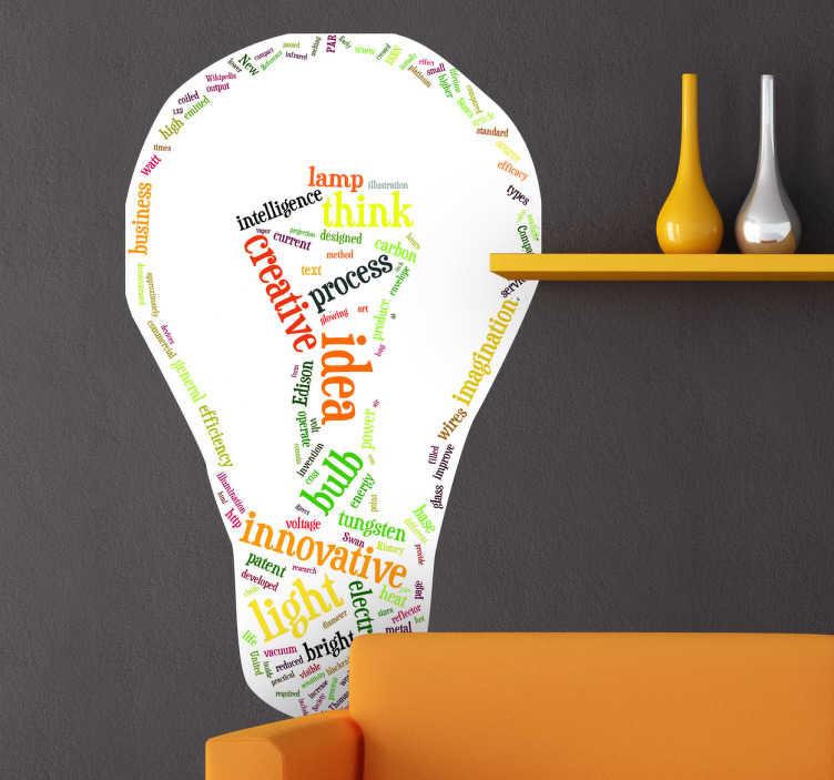 TenStickers. sticker creatief idee gloeilamp. Muursticker voor de woning van de denkers onder ons! Een wandsticker van een gloeilamp gevormd uit woorden gerelateerd aan denken.