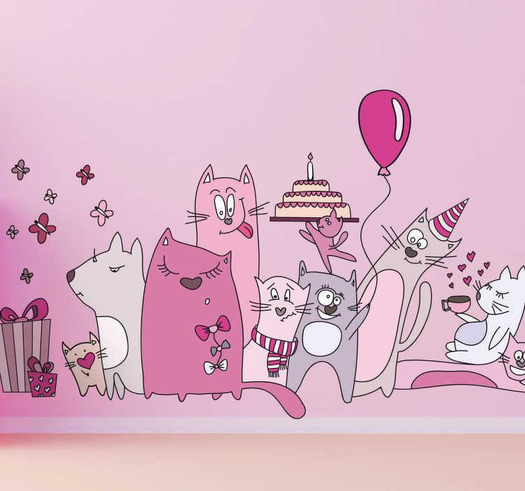 TenStickers. 孩子们猫粉红猫派对墙贴. 孩子们的墙贴-一群猫庆祝生日的嬉戏和有趣的插图。装饰儿童和活动区域的理想选择。