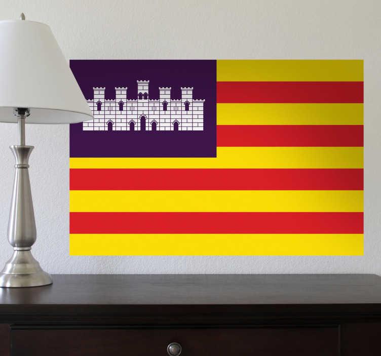 TenStickers. Autocollant mural drapeau Baléares. Stickers adhésif du drapeau des Iles Baléares, pour tous les amoureux de cette régions.