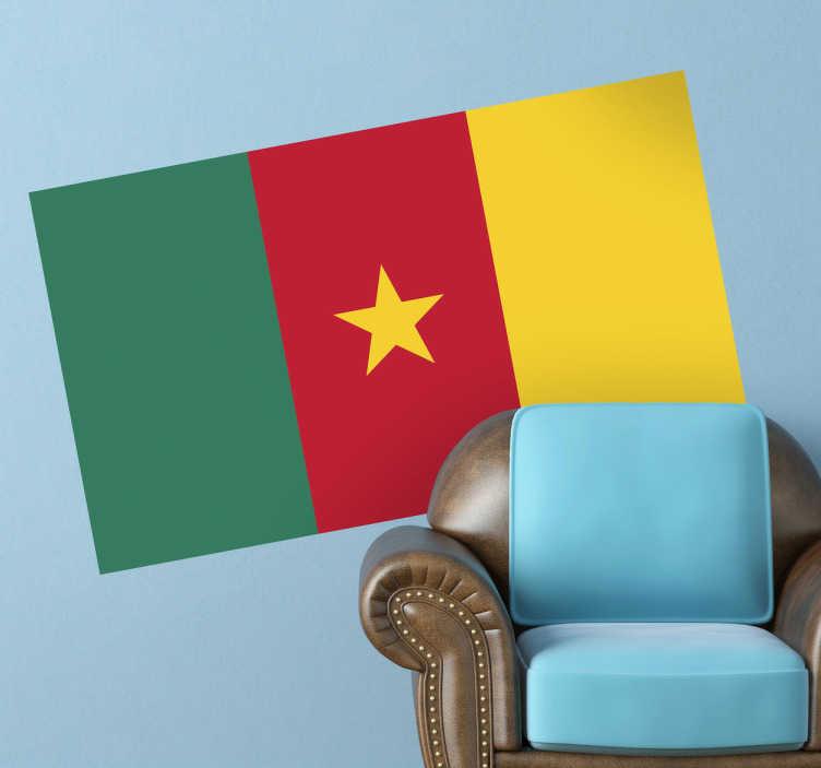TenStickers. Sticker décoratif drapeau Cameroun. Stickers adhésif du drapeau du Cameroun qui a pour capitale Yaoundé, pour tous les amoureux de ce pays.
