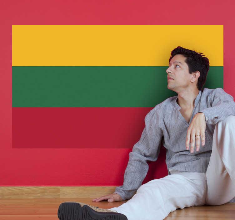 TenStickers. Naklejka z rysunkiem flaga Litwy. Naklejka na ścianę z flagą Litwy. Umieść dekorację w pomieszczeniach domowych lub biznesowych. Stwórz swój wymarzony projekt!