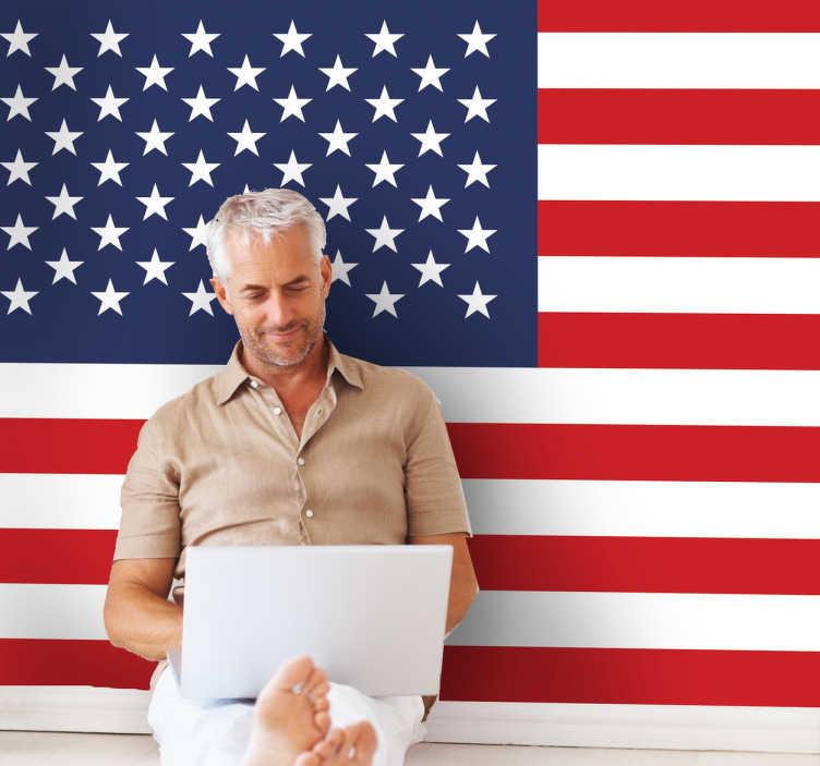 TenVinilo. Vinilo decorativo bandera USA. Adhesivo con el santo y seña yankee, para los más patriotas. Murales y vinilos con la bandera de Estados Unidos.