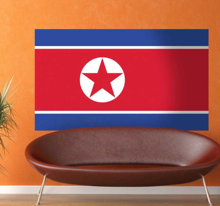 TenStickers. Muursticker Noord-Korea. Deze sticker illustreert de vlag van Noord-Korea, ideaal voor grote fans van dit land. Afmetingen aanpasbaar. Eenvoudig aan te brengen.
