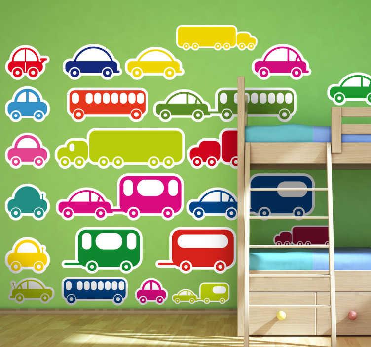 TenStickers. Naklejka kolekcja samochodów. Udekorój ściany w pokoju dziecięcym naszą fantastyczną naklejką. Obrazek przedstawia kolekcję różnokolorowych samochodów, ciężarówek i przyczep.