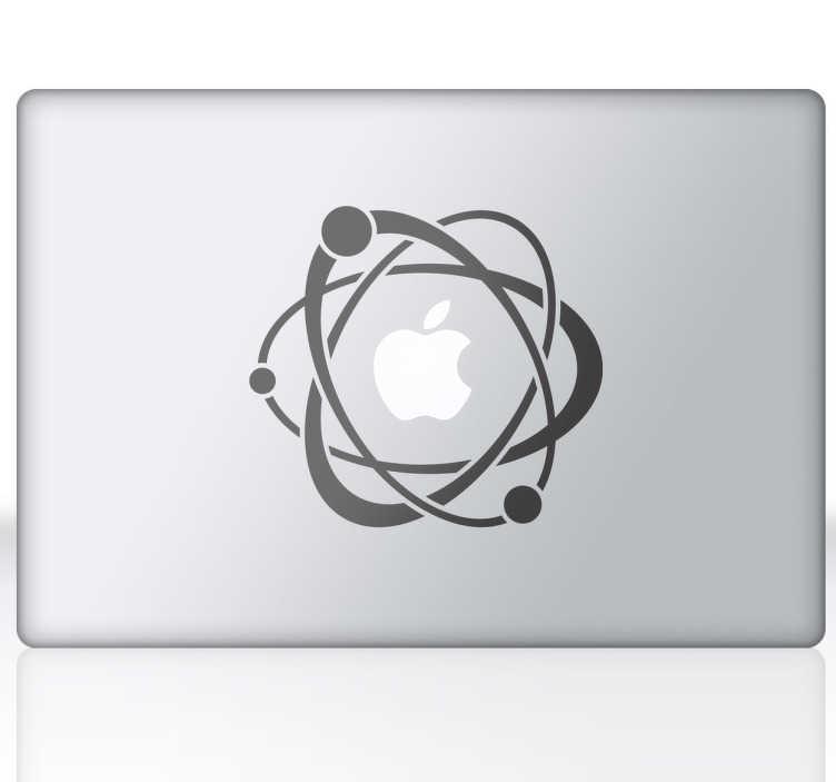 TenStickers. Atomi in elektroni laptop nalepke. Znanost zgleduje z oblikovanjem, da bi vaš prenosnik ali macbook pridobil izvirnost. Lahko prilagodite tablični računalnik, prenosni računalnik, ipad, macbook ali katero koli drugo električno napravo z gladko površino. Skupina elektronov, ki kroži atom, ki je logotip jabolk.