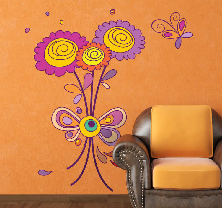 TenVinilo. Vinilo decorativo flores violetas y mariposa. Adhesivo de un bonito ramo de vivos colores y un pequeño bicho revoloteando cerca.