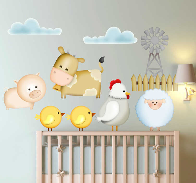 TenStickers. Sticker enfant ferme animaux. Une poule, un mouton, une vache, un cochon et des poussins sur un sticker original créé par tenstickers.fr pour décorer la chambre de bébé.