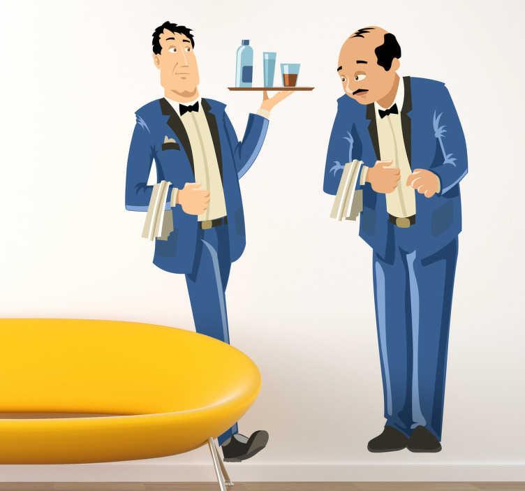 TenStickers. Naklejka kelnerzy w niebieskich strojach. Naklejka dekoracyjna przedstawiająca dwóch kelnerów elegancko ubranych z przewieszonymi serwetkami na ramieniu, jeden z nich niesie tacę.