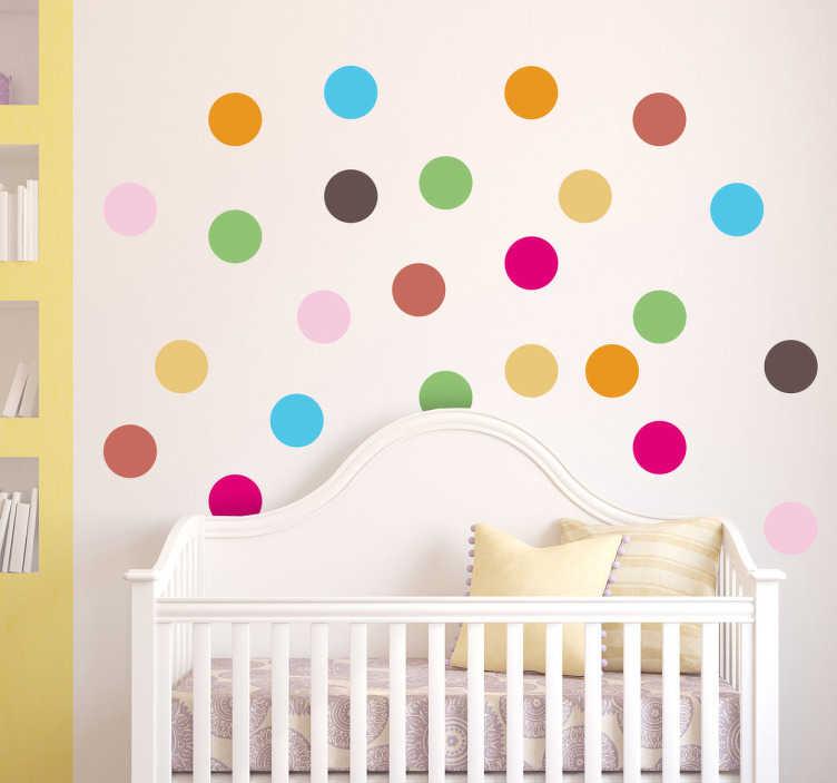 TenStickers. Farverige prikker wallstickers. Tilføj liv og farve til dit barns værelse eller pusleområde.  Prikkerne kan placeres uafhængigt af hinanden.