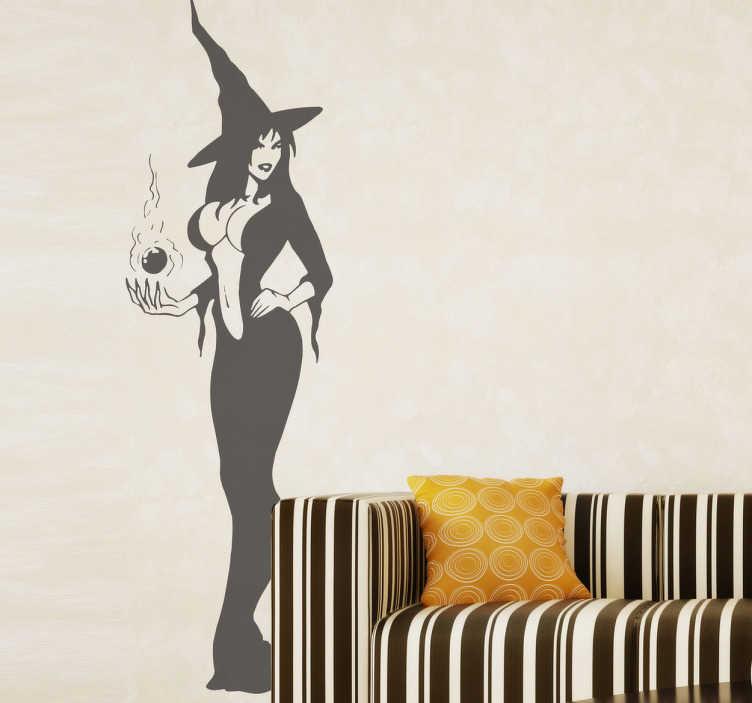 TenStickers. Wandtattoo sexy Hexe. Dekorieren Sie Ihr Schlafzimmer mit diesem erotischen Wandtattoo einer sexy Hexe mit tiefem Ausschnitt. Für mehr Stimmung in Ihrem Zuhause!