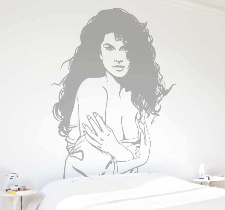 TenStickers. 여성 욕망 벽 스티커. 그녀의 옷을 아주 천천히 벗고 긴 곱슬 머리를 가진 섹시한 여자를 보여주는 에로틱 벽 스티커. 유혹적이고 도발적인 데칼.