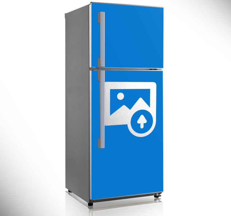 TenStickers. Sticker frigo personnalisation. Réalisez le stickers pour votre frigo sur-mesure.Pour se faire : Indiquez-nous les dimensions de votre frigo et le dessin ou photo que vous souhaitez apposer en stickers sur votre frigo dans votre mail à %email%
