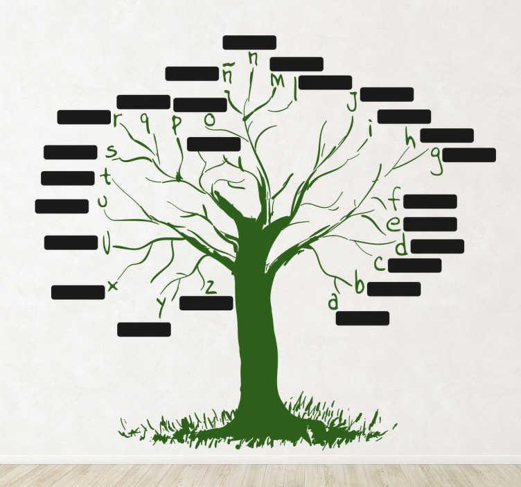 TenStickers. Sticker decorativo albero milleparole. Adesivo murale che raffigura l'albero delle parole; su ogni ramo c'é una lettera dell'alfabeto e una targhetta tipo lavagna.