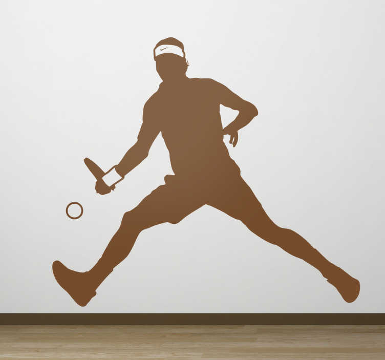 TenStickers. Nalepka na steno teniškega igralca. športne stenske nalepke - iz naše kolekcije teniških nalepk, ta dekoracija dekleta tenisa v akciji je ena za ljubitelje športa.