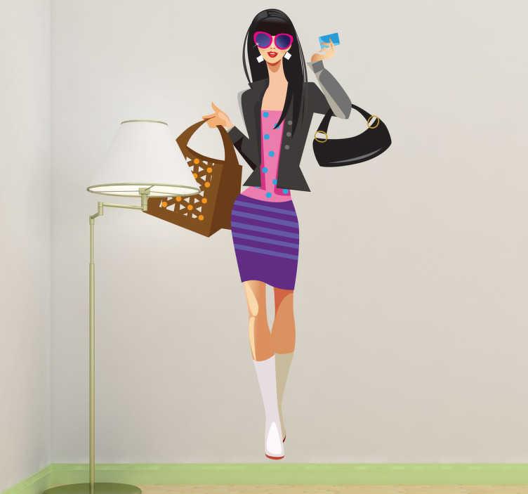 TenStickers. Muursticker winkelen met creditcard. Een muursticker van een jonge dame op weg om te gaan shoppen met haar creditcard in haar hand. Leuke decoratie voor het opfleuren van uw winkel.