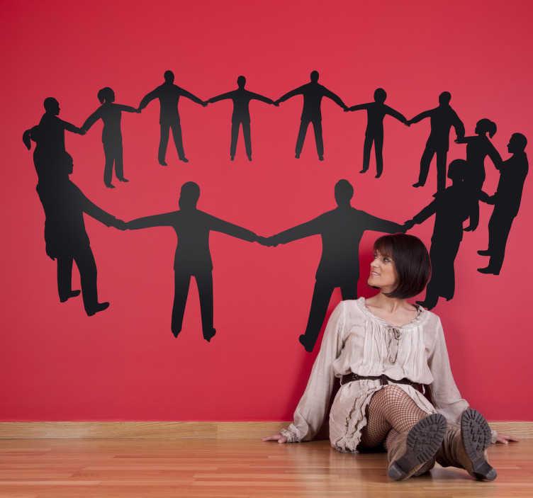 TenStickers. Sticker decoratie kring van mensen. Muursticker van een cirkel mensen dat elkaars handen vasthoud. Deze wandsticker helpt je eraan denken dat iedereen in deze wereld gelijk is.