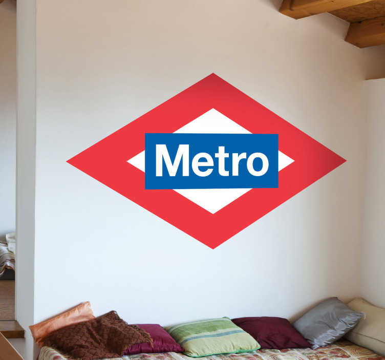TenStickers. Metro Schild Aufkleber. Mit diesem lustigen Wandtattoo können Sie zeigen, dass sich in Ihrem Zimmer eine Metro Haltestelle befindet.