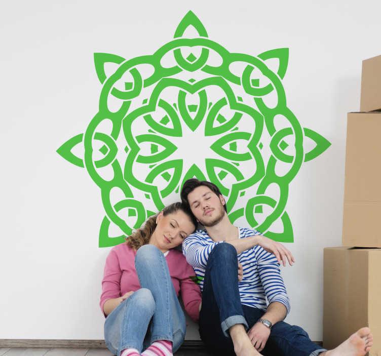 TenVinilo. Vinilo decorativo simbolo celta geometría. Diseño simétrico en adhesivo con líneas entrelazadas formando un círculo para decorar tu habitación.
