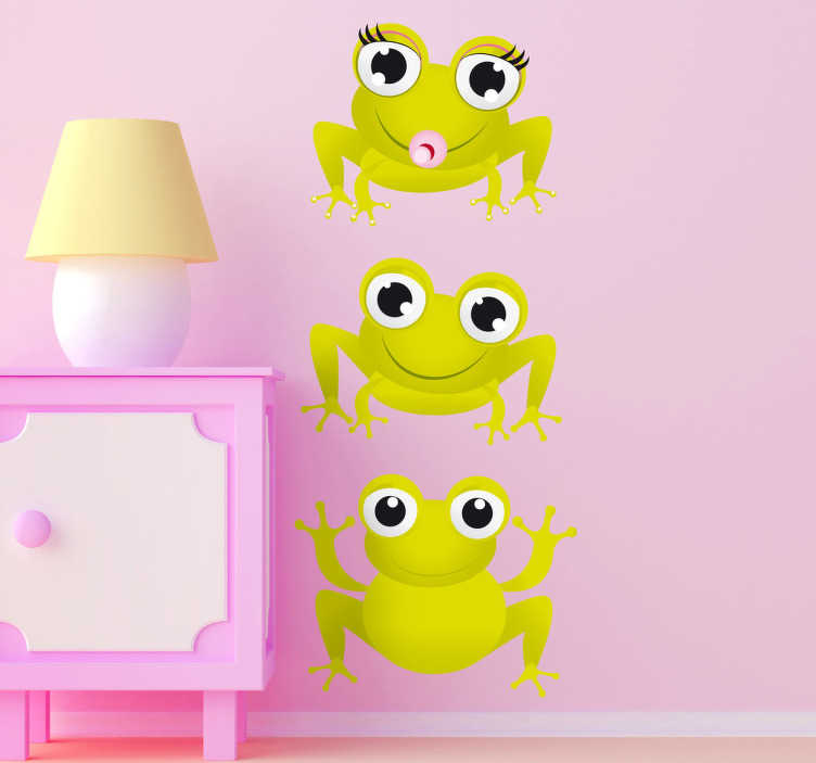TenStickers. Sticker van drie kikkers. Een nieuwe muursticker van drie verschillende kikkers. Een leuk idee voor de decoratie van de speelhoek of slaapkamer van uw kinderen.