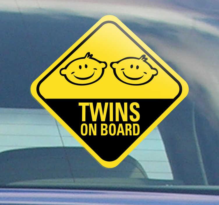 TenStickers. Naklejki na samochód 'Twins on board'. Jeśli masz to podwójne szczęście i jesteś rodzicem bliźniaków, ta naklejka jest dedykowana specjalnie dla Ciebie.