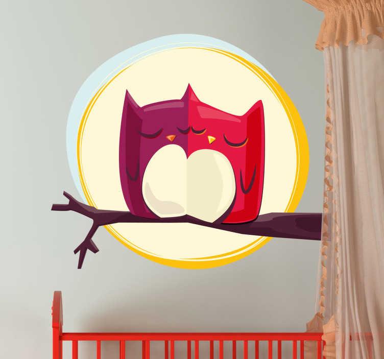 TenStickers. Autocolante decorativo mochos e lua cheia. Autocolante decorativo ilustrando dois mochos apaixonados, confortando-se mutuamente face a uma bonita lua cheia.