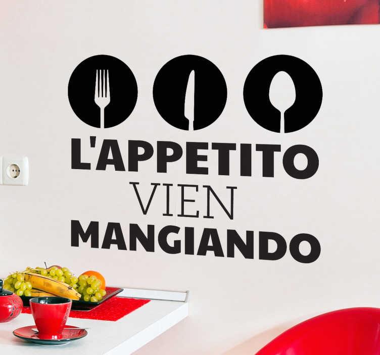 TenStickers. Sticker decorativo vien mangiando. Se adori la cucina italiana e la sua lunga tradizione, questo adesivo murale é l'ideale per la tua cucina.