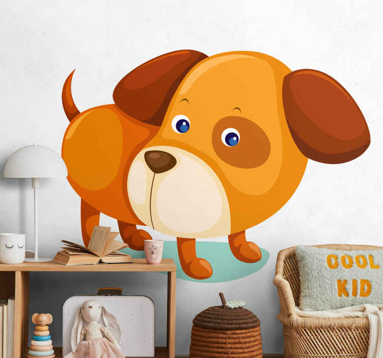 TenStickers. Kindersticker Vrolijke Hond. Decoreer de kinderkamer in uw woning met deze kleurrijke muursticker van een vrolijk hondje. Afmetingen aanpasbaar. +10.000 tevreden klanten.