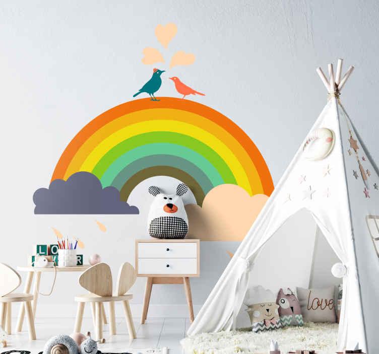 TenStickers. Naklejka ptaki na tęczy. Ładna naklejka na ścianę przedstawiająca tęczę z dwoma zakochanymi ptakami. Stwórz przyjazną atmosferę w pokoju, dzięki naszej naklejce dekoracyjnej.