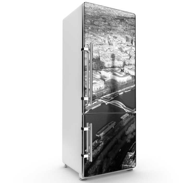TenStickers. Naklejka na lodówkę Wieża Eiffla. Naklejka dekoracyjna przedstawiająca cień Wieży Eiffla na tle Sekwany. Oryginalny pomysł na ozdobę lodówki.