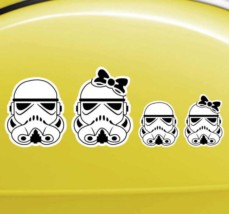 TenVinilo. Pegatina familia Star Wars. Señaliza con este original adhesivo galáctico imperial quién viaja en tu vehículo. Un vinilo decorativo ideal para personalizar tu vehículo si eres un fan de la saga Star Wars y deseas mostrárselo a todos.