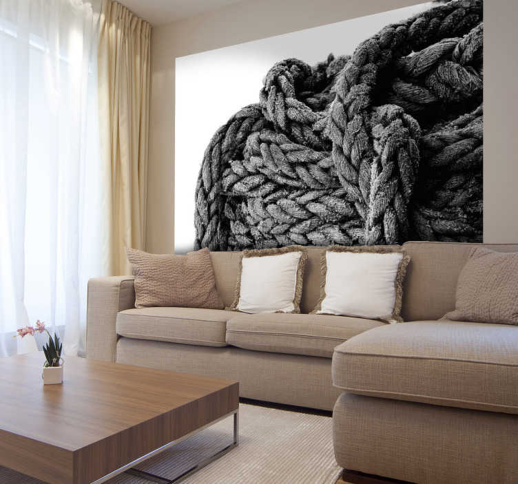 TenStickers. Sticker foto touw koord. Muurfoto van een groot dik touw op een witte achtergrond. Een gedetailleerde foto in de vorm van een muursticker voor de decoratie van uw woning.