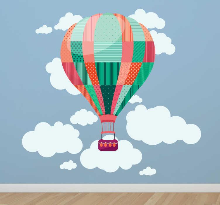 TenStickers. Heißluftballon Wolken Wandtattoo. Wandtattoo Wolken - Dieser eindrucksvolle Heißluftballon Aufkleber verschönert trise Wände und macht sie gleichzeitig zu einem Hingucker.
