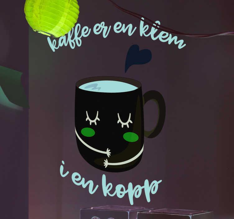 Tenstickers. Kaffe er en klatre i en kopi hjemme tekst vegg klistremerke. Fra vår samling av kjøkkendekaler, et te og kaffe inspirert veggmaleri for å fremme en stressfri atmosfære i hjemmet ditt.