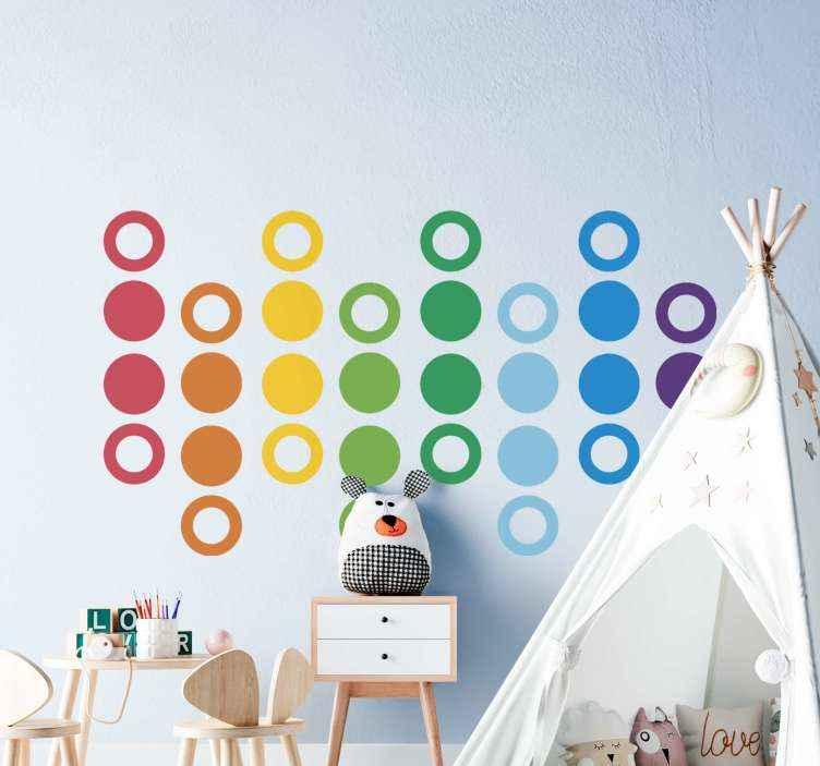 TENSTICKERS. 虹色の円ウォールステッカー. 虹色の円のステッカー。いくつかの新鮮な色を追加し、任意の子供スペースを見るのに適した装飾的なデザイン。適用が簡単で高品質。